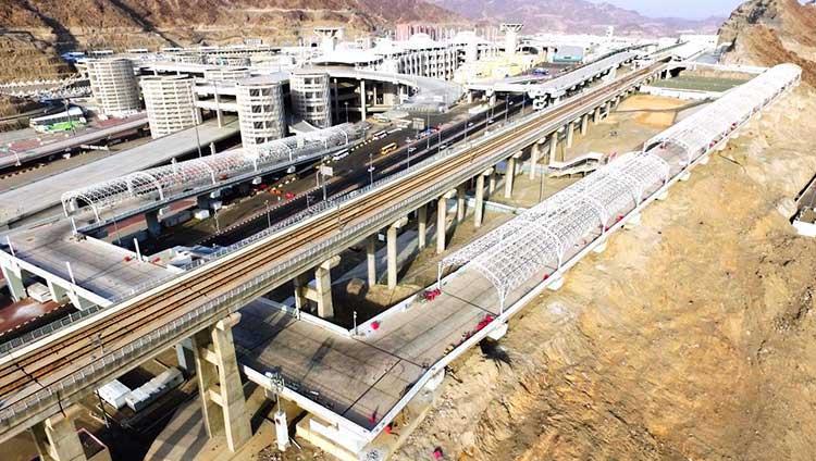 Mina-3 Mashaer Metro Station Bridge Shading Photo 03